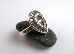 Teardrop Ring - Crystal Ring - Vintage Jewellery - Sterling Silver by ReTainReUse on Etsy