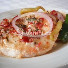 Nejlepší nakládaný hermelín recept - Vareni.cz Cheeseburger Chowder, Hummus, Risotto, Potato Salad, Soup, Potatoes, Ethnic Recipes, Potato, Soups