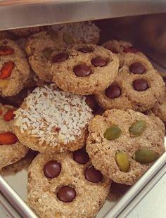 Lussekatter på ett smartare sätt - ZEINAS KITCHEN Honey Oat Bread, Ost, Crunches, Scones, Fudge, Cookies, Desserts, Crack Crackers, Tailgate Desserts