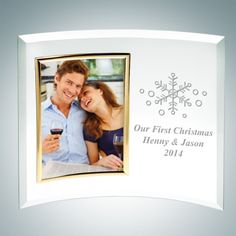 3 x 5 Curved Vertical Gold Engraved Jade Glass Picture Frames. These Vertical Curved Jade Glass Photo Frames are made to outlast the hands of time. The curved shape is a unique way to display a photo from a special trip, romantic photos, landscapes and family photos. It is an ideal gift for Valentine's Day, Anniversaries and Birthdays. Engrave the name of your significant other and a special date to make your memory an everlasting one.