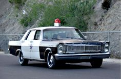 1965 Ford Galaxie Police Car from The Andy Griffith Show Old Police Cars, Ford Police, Police Patrol, Ford Galaxie, Police Car Pictures, Emergency Vehicles, Police Vehicles, Ford Vehicles, Rescue Vehicles