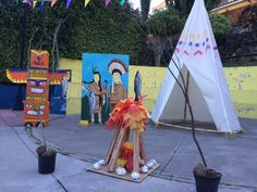 ESTOS LOCOS BAJITOS: LA GRAN FIESTA DE LOS INDIOS Indian Party Themes, Indian Birthday Parties, Indian Theme, Red Indian, Rodeo Birthday, Cowboy Birthday Party, Popsicle Stick Art, Pocahontas, Tribal Baby Shower