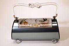 Vintage Lucite purse with sea life flip top