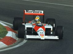 Ayrton Senna in the 1988 Maclaren MP4/4. 1.4l Honda V6.