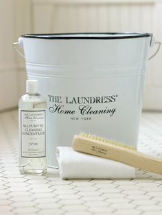 "The Laundress Allzweckreiniger ""All Purpose Cleaning Concentrate"" Old School Fashion, Ikea Hack, Clean House, Purpose, Advertising, Hacks, Cleaning, Style, Frugal"