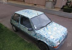 DIY decorated car using Decopatch paper. Decoupage Glue, Wholesale Supplies, Paint Effects, Love Craft, Paper Design, Art Cars, Crafts To Sell, Objects, Prints