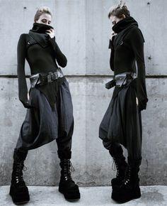Cyberpunk Clothes, Cyberpunk Fashion, Dark Fashion, Gothic Fashion, Mode Outfits, Fashion Outfits, Estilo Tomboy, Dystopian Fashion, Apocalyptic Fashion