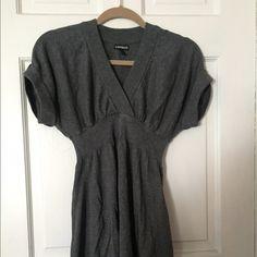 Express Sweater Dress Gray Small S Express Sweater Dress Gray Grey Small S Short Sleeve  V-Neck 40% Cotton Rayon Blend EUC Trades Express Dresses