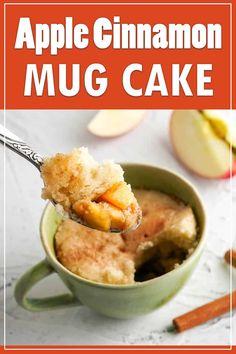 This mug cake has brown sugar and cinnamon apples topped with a fluffy cinnamon vanilla cake. Ready in only 10 minutes! #mugcake #apple #applecinnamon #microwavedessert Fast Dessert Recipes, Make Ahead Desserts, Easy Desserts, Snack Recipes, Healthy Desserts, Baking Recipes, Dinner Recipes, Snacks, Cinnamon Mug Cake