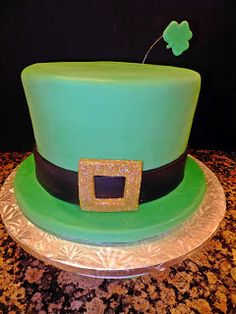 patricks day cake for my friend jan and her fun friend party~ cake was a yummy three layer devils food chocolate with a light gr. Beautiful Cakes, Amazing Cakes, Irish Cake, St Patricks Day Cakes, Hat Cake, Devils Food, Cupcake Cakes, Cupcakes, Irish Recipes
