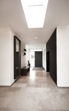 Boutique Interior, Portfolio Design, Home Office, Schrift Design, Modul Sofa, Oversized Mirror, House Plans, Garage Doors, Construction