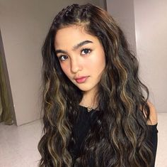 Hair braid option for Hannah Filipina Actress, Filipina Beauty, Shot Hair Styles, Long Hair Styles, Filipino Girl, New Girl Style, Western Girl, Pretty And Cute, Hair Dos