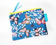 "This ist the ""Börsel"", the Cosmetic Bag in the VULTURE Family. The simple cosmetic bag is sewn from high quality patchwork fabrics and reinforced with fleece. The zipper is finished with a satin ribbon. ca x 11 cm Handmade in Vienna Zipper Pouch, Pouches, Mini, Etsy, Vintage, Bags, Fashion, Craft Gifts, Schmuck"