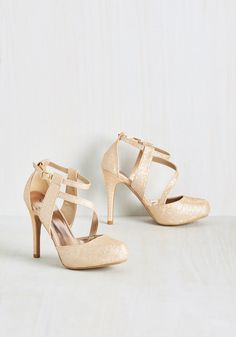 Gala Goddess Heel. In these gold pumps, your stunning entrance will look like something from straight from mythology! #gold #prom #modcloth