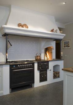 Kitchen Interior, Interior Design Living Room, Küchen Design, House Design, Kitchen Stove, Beautiful Kitchens, Home Kitchens, Kitchen Remodel, Sweet Home