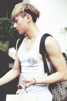 Zitao wearing a tank top is so bangable. Tao | EXO
