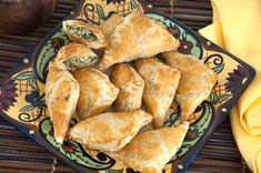 Looking for an appetizer to munch on before the big #Easter meal? These Spinach and Feta Olive Turnovers will do the trick!