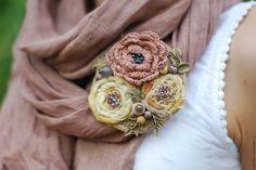 """Купить Текстильная брошь """"Пыльная роза"""" бохо эко розовый кремовый желтый…"""