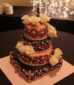 Pearls and scrolls wedding cake