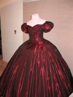 Civil War Era Fashion  http://www.bing.com/images/search?q=civil+war+clothing=civil+war+clothing=IGRE
