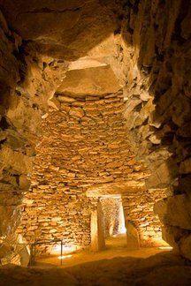 Tholos El Romeral, Antequera, Málaga. 2.000 años a.C. Sepulcro de falsa cúpula.