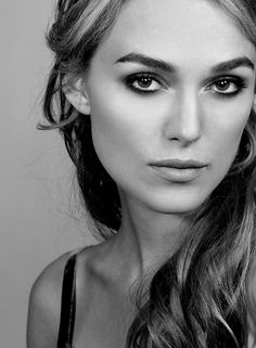 Queen Keira Knightley