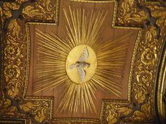 Roma-Fotografía: Ana Aubert Hand Fan, Clock, Home Appliances, Tours, Home Decor, Lisbon, Holy Spirit, Prague, Autos