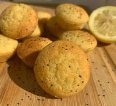Keto Lemon Poppyseeds MuffinsKeto Lemon Poppyseeds MuffinsGive your bacon and eggs a break and try these easy keto Lemon Poppyseeds Muffins! Bright and fresh, these keto lemon poppyseed muffins have everything you need to start your day. And at only 2 net carbs, you can even have two!These delightful bites are the perfect summer treats.Ingredients1 Tbsp/ 14g Melted Butter2 medium eggs½ tsp / 2g Vanilla Extract¼ tsp / 1g Lemon Extract (Optional)2 Tbsp/ 3og Lemon Juice1 tsp/ 2g Lemon Zest3 T Lemon Poppyseed Muffins, Lemon Extract, Summer Treats, Melted Butter, Ketogenic Diet, Bacon, Vanilla, Summer Snacks