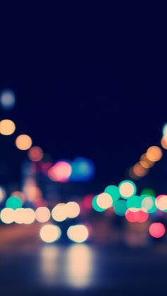 Street Bokeh - The iPhone Wallpapers