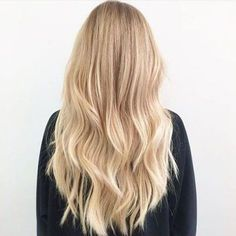 Dark Brown Hair with Cinnamon Balayage - 20 Must-Try Subtle Balayage Hairstyles - The Trending Hairstyle Blonde Hair Shades, Blonde Hair Looks, Brown Blonde Hair, Light Blonde Hair, Light Blonde Balayage, Pearl Blonde, Blonde Honey, Golden Blonde Hair, Beige Blonde