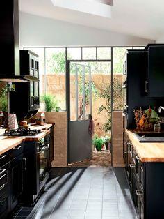 door and windows off kitchen