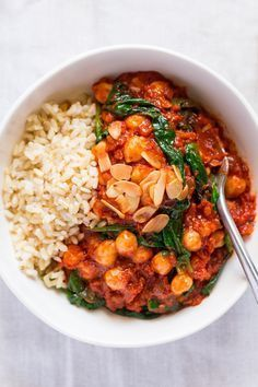 Spanish chickpea and spinach stew is a delicious, filling, vegan and gluten-free main meal that is easy and quick to make. Makes an ideal…