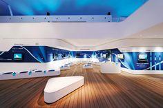 Samsung - Sponsorenpavillon OR Turin 2006 Corporate Interior Design, Corporate Interiors, Office Interiors, Retail Design, Futuristic Interior, Futuristic Design, Exhibition Stand Design, Exhibition Display, Displays