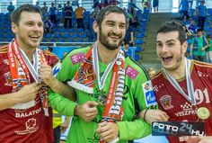 Terza, Mirko, Ivan Champion, Play
