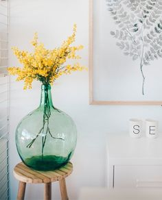 Nutrition is for you and for you long lasting life! Vase Deco, Sweet Home, Home Decoracion, Deco Nature, Interior Decorating, Interior Design, Home And Deco, Flower Decorations, Flower Arrangements
