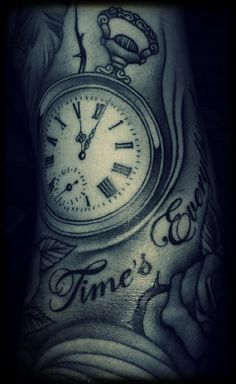 love the detail. This is a excellently done tattoo.
