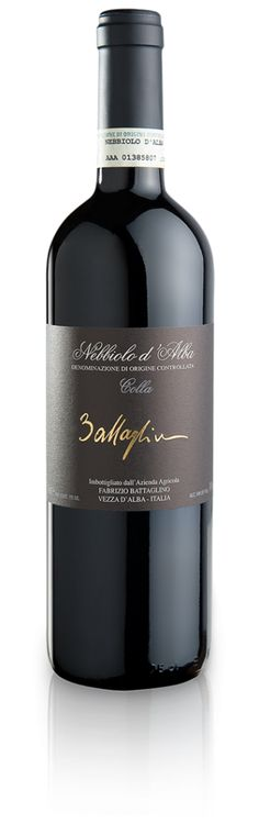 Battaglino - Colla. A rich and immediate bouquet with hints of violets, raspberries and blackberries with a touch of spices. It is rich and well structured and offers ever increasing sensations of violets and cocoa until the strong and mighty meeting with the tannins, that make the sensations last.