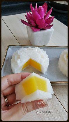 Mango Coconut Jelly Mooncake | Cook With Mi