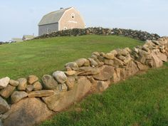 block island, love stone walls now Beautiful World, Beautiful Places, Places Ive Been, Places To Go, Fort Point, Historic New England, Away We Go, Dry Stone, Block Island