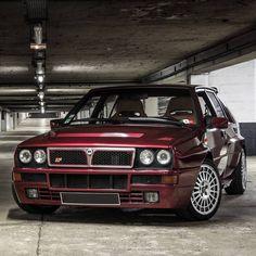 "1,972 mentions J'aime, 1 commentaires - 🔰🏁VITORIA-RACING🏁🔰 (@vitoriaracing_) sur Instagram : ""LANCIA HF 😋   #Lancia #LanciaDelta #DeltaIntegrale #IntegraleHF"""