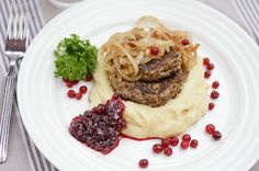 Finnish Recipes, Food Test, Steak, Spaghetti, Beef, Dinner, Ethnic Recipes, Meat, Dining