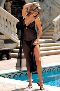 http://www.showfashiongirl.com/sexy-long-dress-wl5010-p-4987.html Sexy Long Dress WL5010