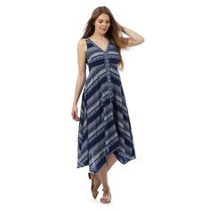 This maxi dress from The Collection is perfect for creating a relaxed daytime look. Great for teaming with sandals, its irresistibly soft design is finished in blue with a white Aztec-inspired print and features a flowing hanky hem.