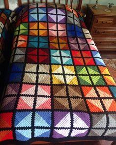 Mutlu akşamlar nasıl gidiyor örgüler hanımlar♥️😎🌺🌸 • • • ✔pinterest • • • #crochet #crocheting #crochetersofinstagram #crocheted…
