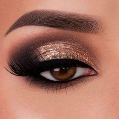 Fabulous Eye Makeup Ideas Make Your Eyes Pop Soft glam gold Augen Make-up Makeup Hazel Eye Makeup, Gold Eye Makeup, Natural Eye Makeup, Eye Makeup Tips, Smokey Eye Makeup, Eyeshadow Makeup, Makeup Ideas, Glitter Makeup, Makeup Tutorials