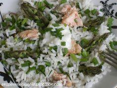 Sałatka ryżowa z łososiem