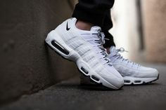 NIKE AIR MAX 95 (PURE WHITE/BLACK) | Sneaker Freaker. I can dig'em