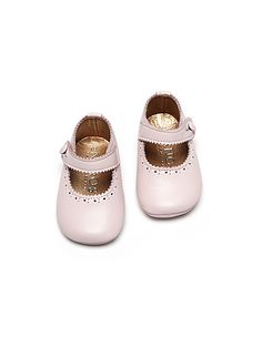 Leather pink baby girl shoes