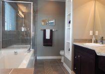 bañera y cuarto de ducha