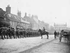 Troops marching through Leighton Buzzard during the First World War.